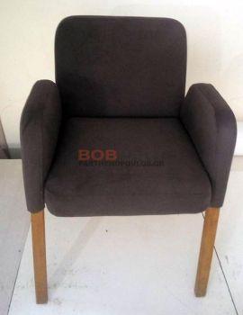 Αλλαγή ταπετσαρίας σε καρέκλα - πολυθρόνα