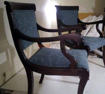 Επισκευή σε κλασική καρέκλα - λουστρα